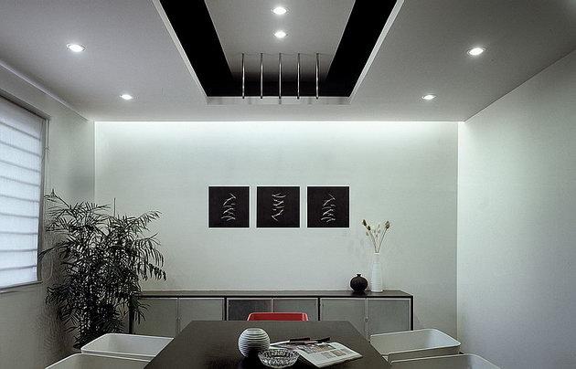深圳市廠房別墅裝修/網吧寫字樓裝修/商鋪裝修   20081105