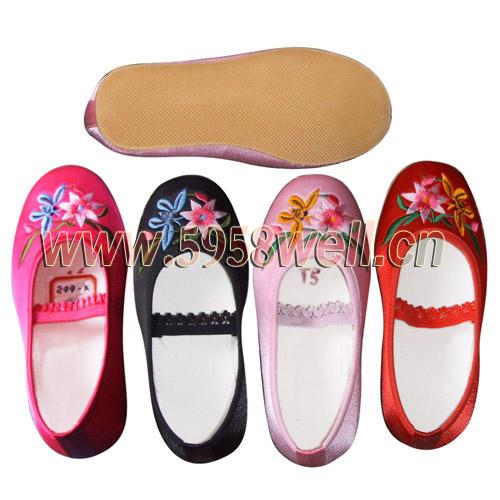 供應童鞋,繡花童鞋